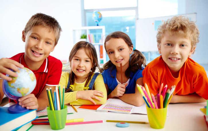 dzieci w szkole
