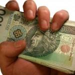 osoba pożyczająca pieniądze