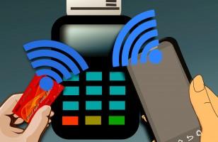 Pinem i kodem, czyli jak chronić nasze karty płatnicze