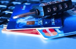 Z plastikiem dookoła świata, czyli płatność kartą za granicą