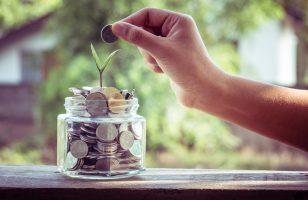 Jak inwestować oszczędności? 7 rad dla początkujących