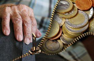 Oszczędzanie na emeryturę - jak się tym zająć?