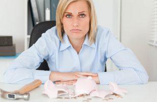 kobieta bez pieniędzy