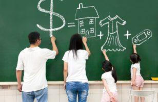 jak uczyć dziecko oszczędzania