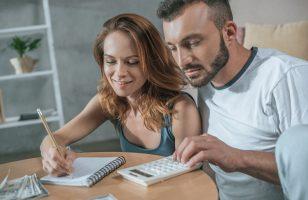 Wspólne konto a szybka pożyczka. Czy pełnomocnik konta bankowego może wziąć chwilówkę?