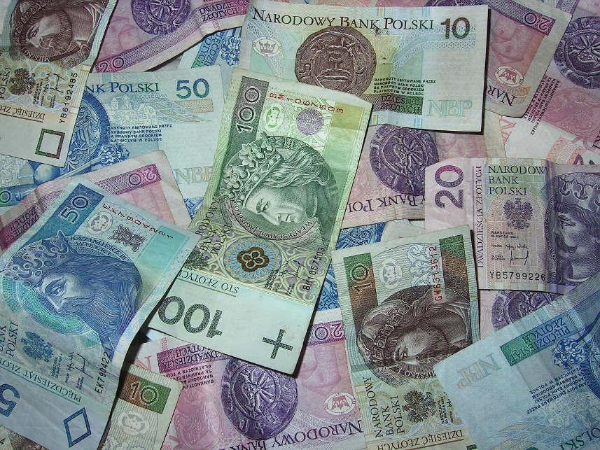BIK: Rośnie sprzedaż pożyczek powyżej 5 000 zł