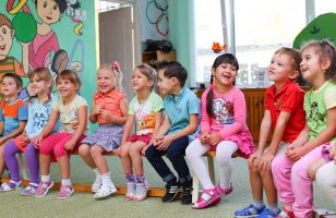 dzieci w przedszkolu