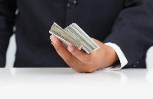 Podatek od pożyczki. Kiedy należy go zapłacić?