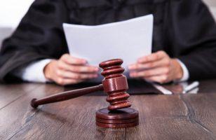 czytanie ustawy antylichiwarskiej