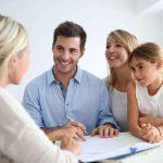 rodzina szukająca kredytu w 15 minut