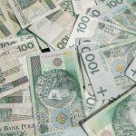 dużo banknotów 100 zł